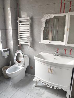 140平简欧风格案例欣赏卫生间1图欧式豪华设计图片赏析