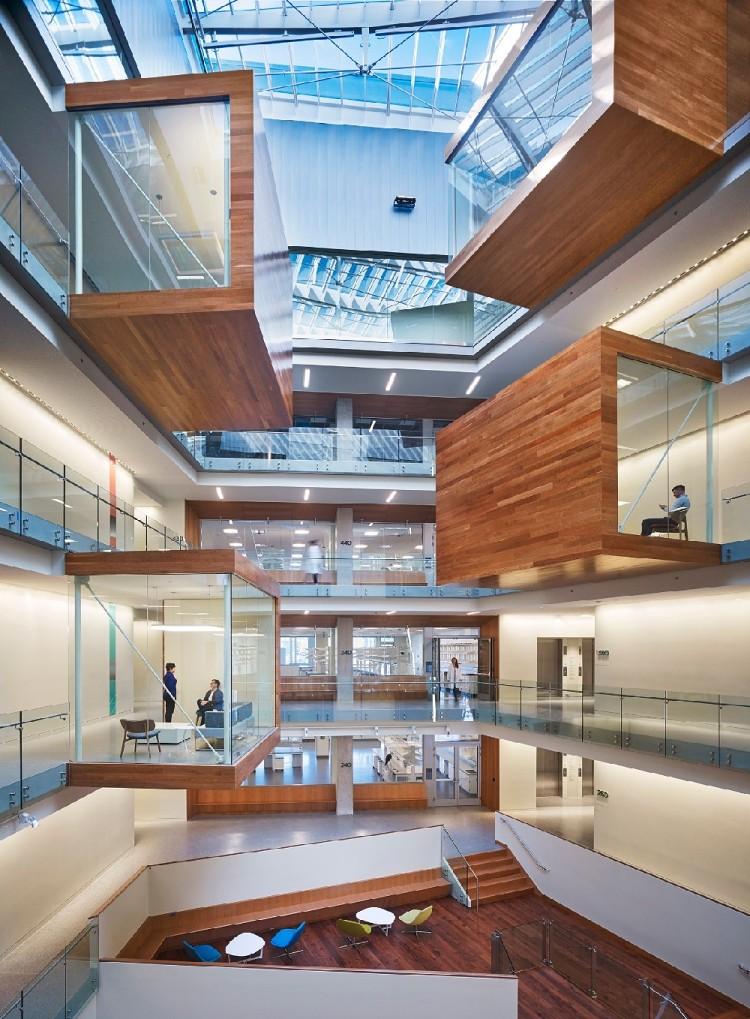 240平高级办公室设计