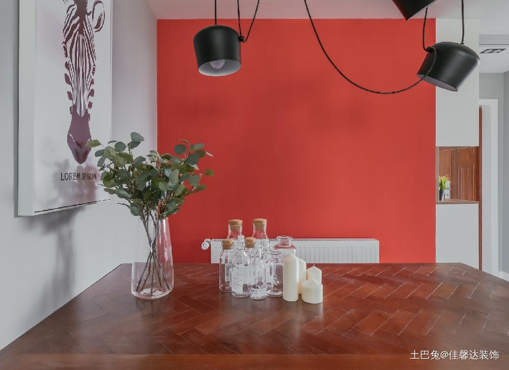 平淡生活里的诗空间撞色的独特魅力厨房现代简约餐厅设计图片赏析