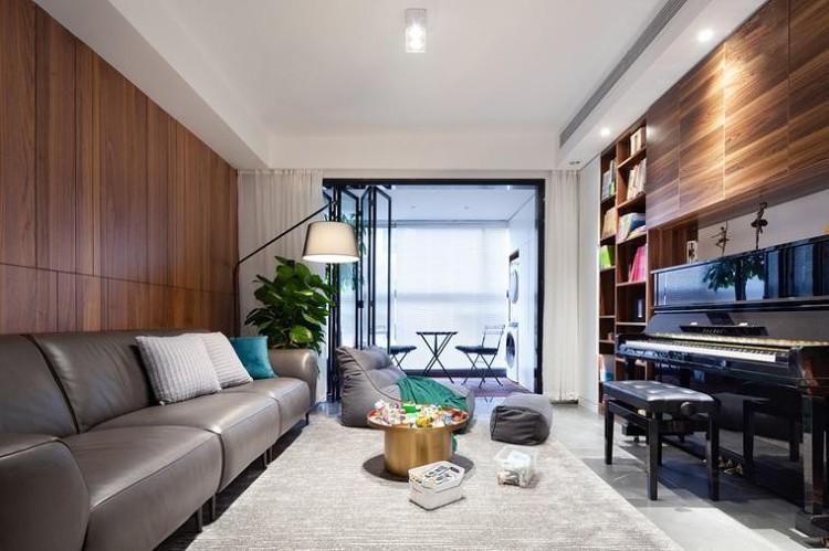 86㎡現代兩室親子宅,鋼琴書柜取代電視機