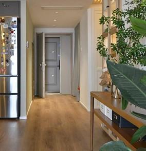 90平温馨木质两居两大两小亲子宅玄关现代简约设计图片赏析