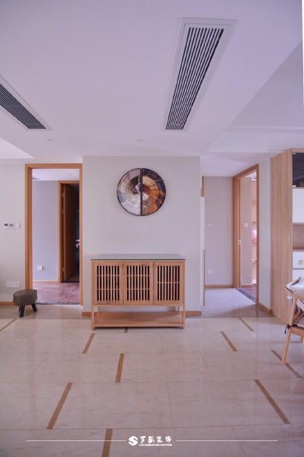 云溪新语精装房.清新感的中式风格小家玄关