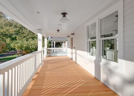 125m²欧式风,晨星暖光纯白印象阳台