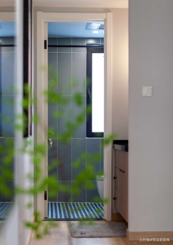 100平北欧风淡淡禅意慢慢生活卫生间瓷砖北欧极简卫生间设计图片赏析