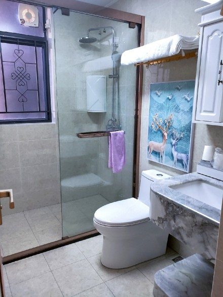 130方简欧三居室装修,打扫干净特漂亮!卫生间