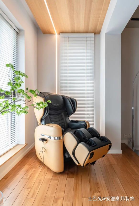115㎡奇葩户型创意大改造阳台木地板现代简约阳台设计图片赏析
