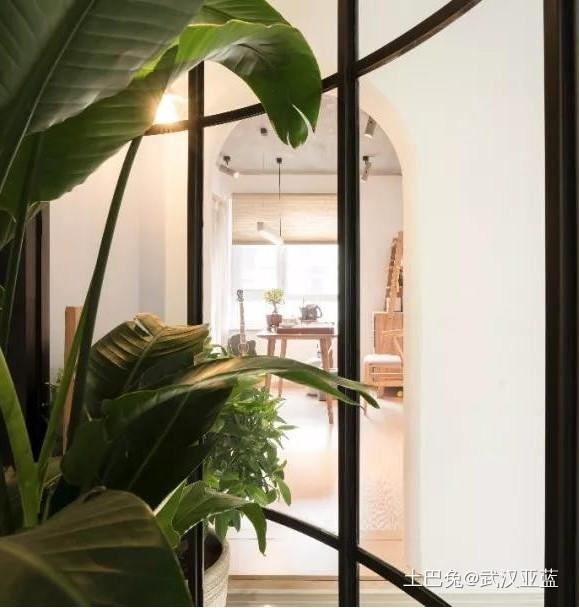 97平米现代设计三居室玄关现代简约玄关设计图片赏析