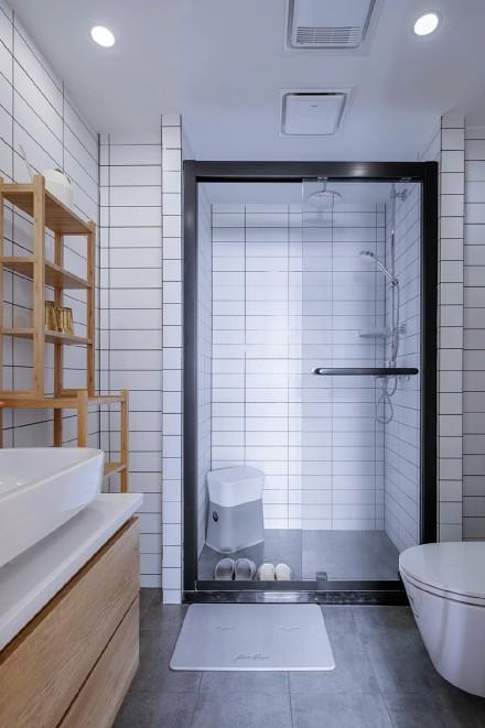 日式小家简单与诗意卫生间