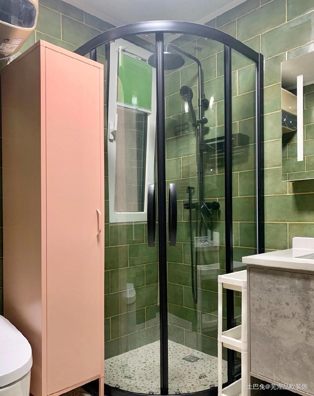 改门拆墙下空间也能原地放大卫生间洗漱台现代简约卫生间设计图片赏析