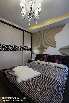 现代风格卧室衣柜装修图片大全