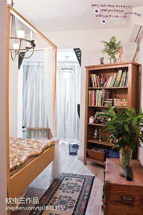 白色豪华欧式别墅客厅图片