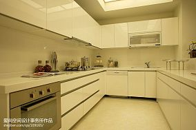 精选133平米四居厨房现代装修图片欣赏