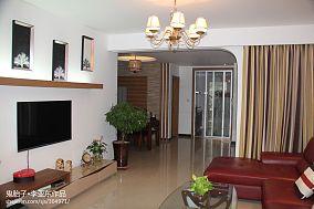 简单电视背景墙装饰效果图