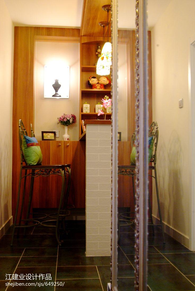 质朴69平混搭二居玄关装修效果图玄关潮流混搭玄关设计图片赏析