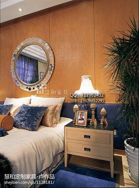 新古典风格卧室床头墙面设计图