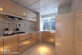 130平米现代风格三居室卧室装修图片