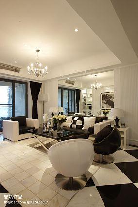 卧室白色实木墙板