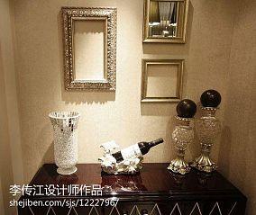 白色简约家具图片