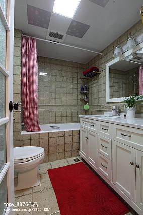 热门82平米二居卫生间美式装修欣赏图卫生间美式经典设计图片赏析