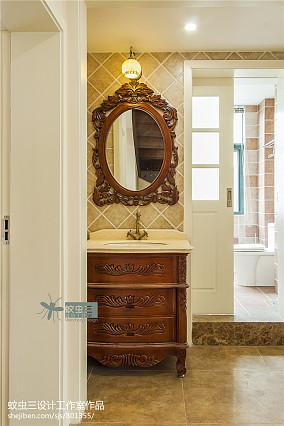 热门116平米美式复式卫生间装饰图片