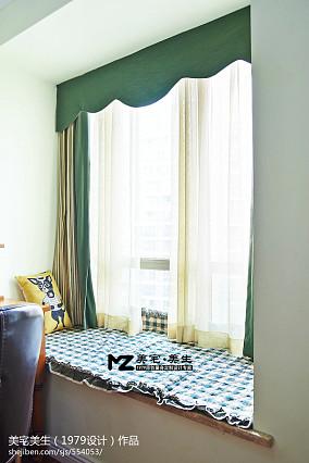 美宅卧室飘窗改书桌装修设计效果图