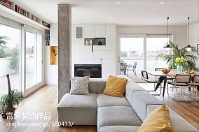 长方形客厅沙发摆放