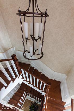 美式精美室内楼梯效果图