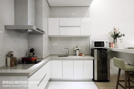 现代风格样板间厨房装修图片餐厅