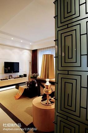 热门面积141平东南亚四居客厅装修欣赏图