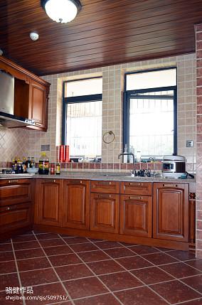 精选复式厨房田园装修设计效果图片欣赏