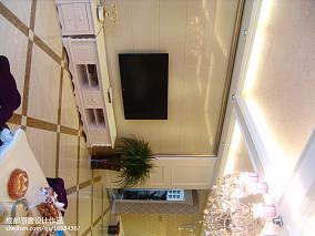 家居电视墙壁纸装修