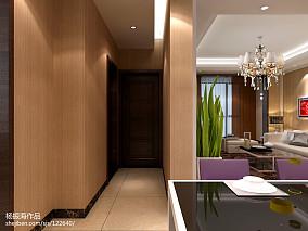 工业感三室二厅房屋图片