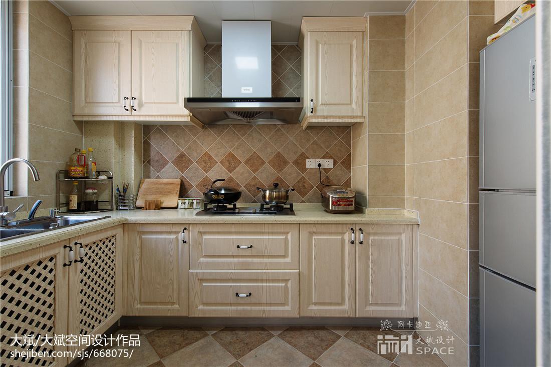 美式风格厨房厨柜装修效果图餐厅美式经典厨房设计图片赏析