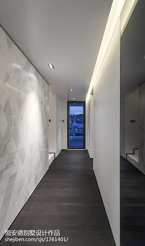 精美130平米中式别墅过道装修实景图