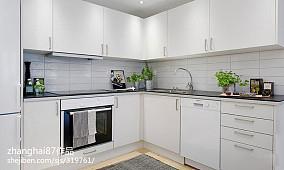 热门86平米现代小户型厨房装修图