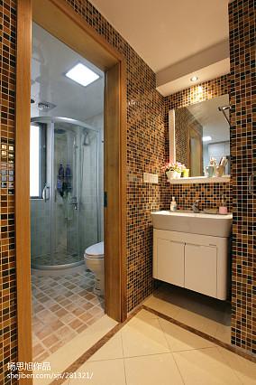 精美混搭小户型卫生间装修设计效果图片欣赏
