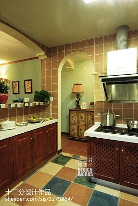 热门三居厨房美式装修设计效果图片欣赏81-100m²三居美式经典家装装修案例效果图