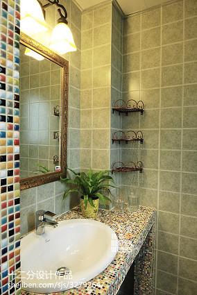 精选三居卫生间美式装修图81-100m²三居美式经典家装装修案例效果图