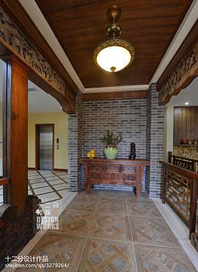 114平米中式别墅过道装饰图片
