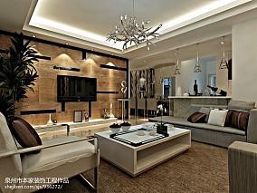面积99平欧式三居客厅实景图