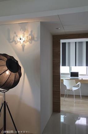 灯饰及廊道功能区现代简约功能区设计图片赏析