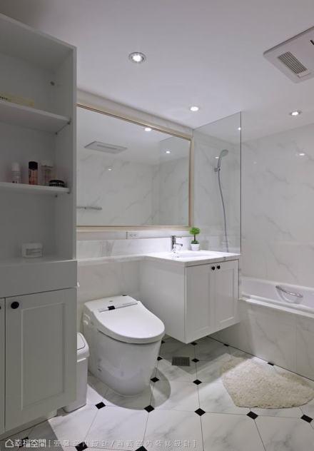 主卧卫浴卫生间