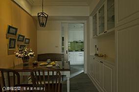 美式风格卧室窗户装饰效果图