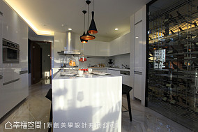 现代单色风厨房设计图