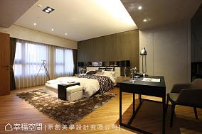 现代风主卧室装修效果图