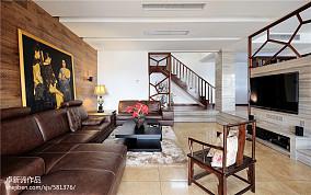 142平米现代复式客厅实景图
