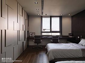三居室现代时尚卧室背景墙装修设计