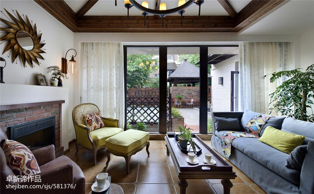 别墅美式休闲区门窗装修效果图客厅美式经典客厅设计图片赏析