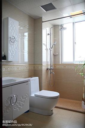 热门东南亚二居卫生间装修设计效果图