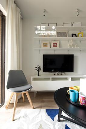 精选面积79平小户型客厅欧式装修实景图片欣赏